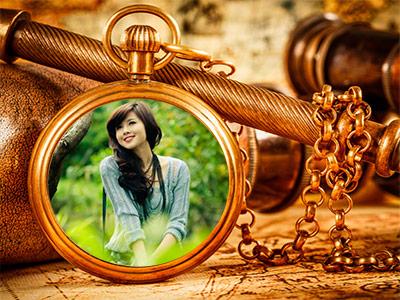 Khung ảnh đồng hồ cổ điển