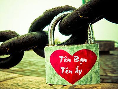 Viết tên lên khóa tình yêu