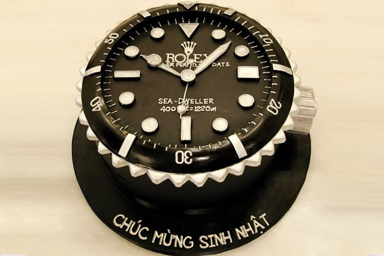 Bánh sinh nhật đồng hồ Rolex độc lạ với tên bạn