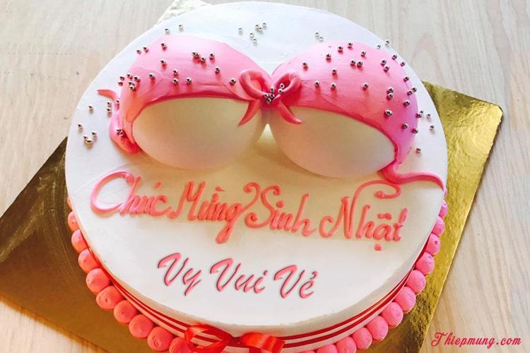 Viết tên lên bánh sinh nhật bựa, hài hước tặng bạn bè