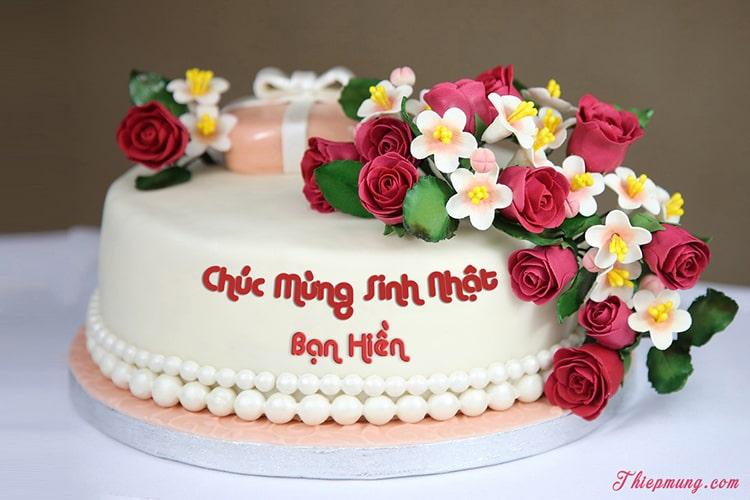 Viết tên lên bánh sinh nhật hoa hồng lãng mạn