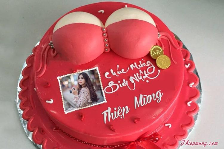 Ghép ảnh và chữ lên bánh sinh nhật hài hước cho nữ