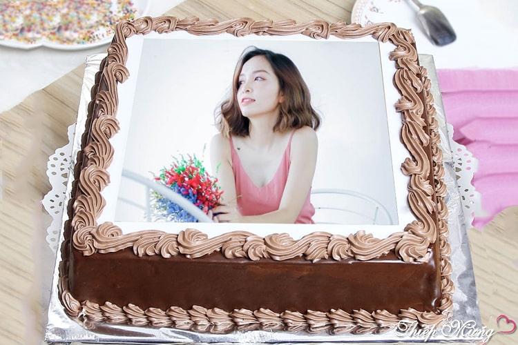 Bánh sinh nhật socola in ảnh ngọt ngào, quyến rũ