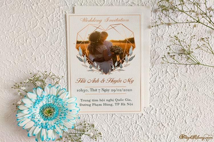 Tạo thiệp cưới với khung ảnh hoa online